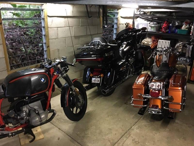 The_garage.jpg