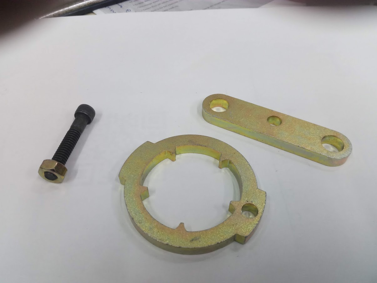 crown_wheel_locking_tool_002.jpg